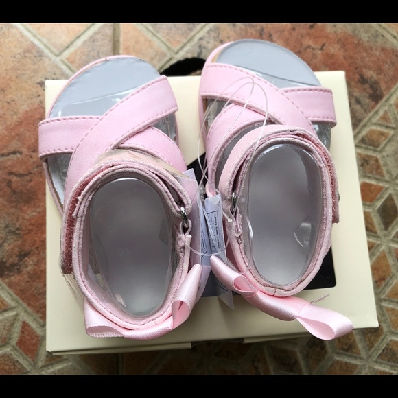 d73c15bf28b UGG - New baby girl Maggie Pie Sparkles sandals NWT